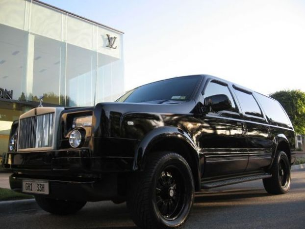 Kind Rolls Royce Truck --- Ford Excursion XLT Premium