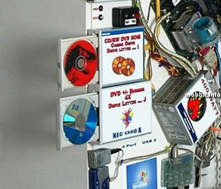 Нестандартный моддинг: компьютер на стене