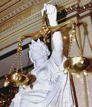 Самые странные судебные тяжбы в мире