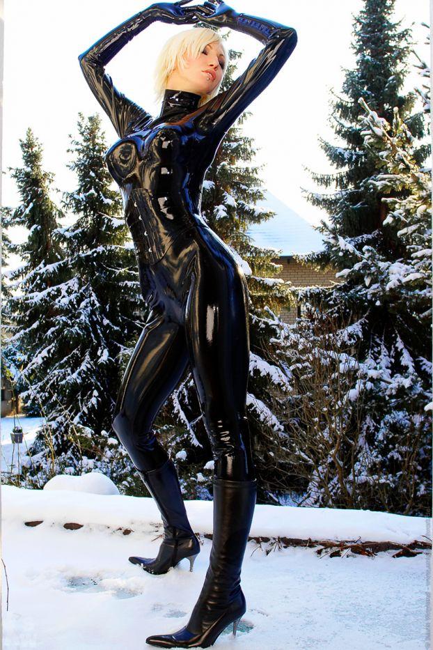 Black Snow Queen