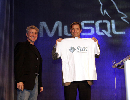 Sun покупает MySQL