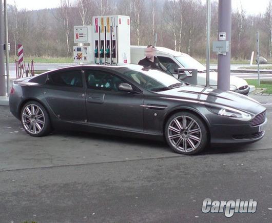 Aston Martin Rapide без маскировки