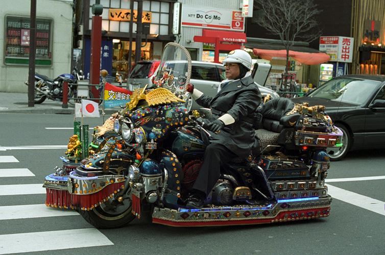 Японский супербайкер