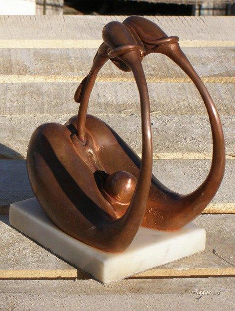 Памятник в Крыму