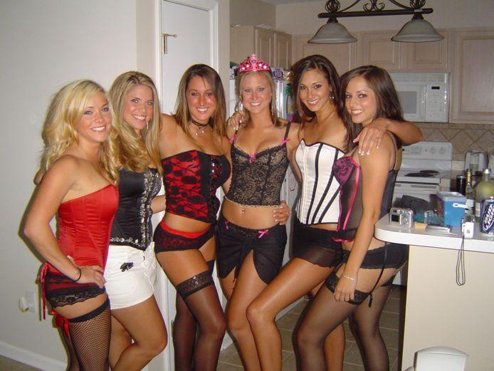 Очередная партия бесноватых пьяных девушек