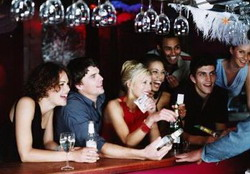 Как пройти фейс-контроль ночного клуба