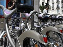Лондон сядет на велосипеды вслед за Парижем