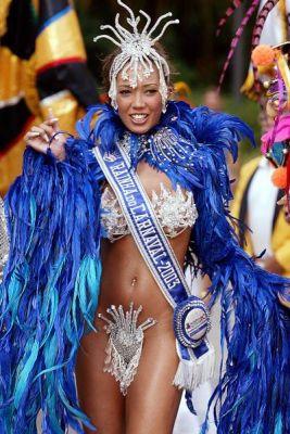 Карнавал в Рио-де-Жанейро - праздник секса и танцев