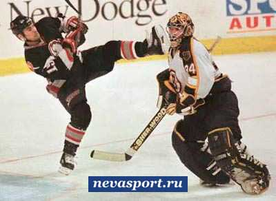 В хоккей играют настоящие мужчины