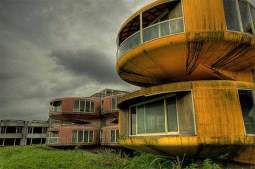 Города-призраки разбросаны по всему миру. Часть 1