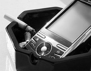 Озвучено новое подтверждение того, что мобильные телефоны представляют опасность для пользователей