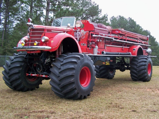 Big Red - самый тяжелый в мире монстр!