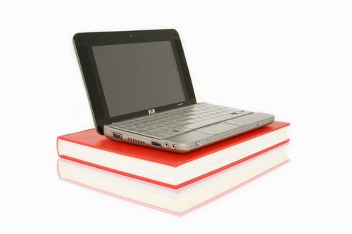HP Compaq 2133 Mini-note. �������� ����� ASUS eeePC.