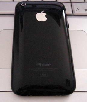 Первое фото новой модели iPhone для сетей 3G