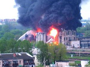 Ликвидирован крупный пожар на нефтебазе в Бресте