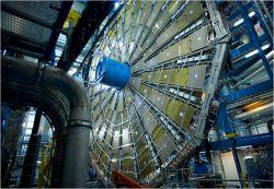 """Интернет в ожидании """"часа Х"""" - запуска Большого адронного коллайдера, способного уничтожить Землю"""