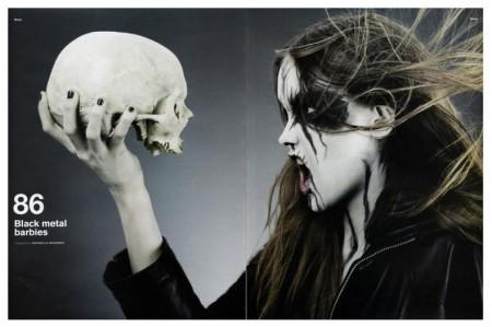 Девушка-металлистка