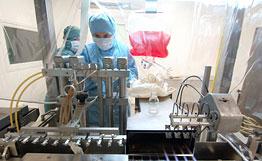 """Биологи впервые смогли проследить за """"сборкой"""" вируса СПИДа"""