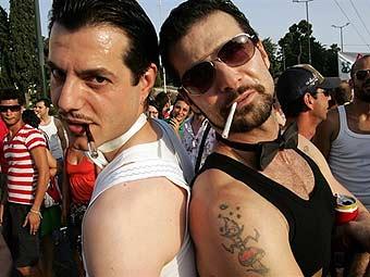 В Греции зарегистрировали первые однополые браки