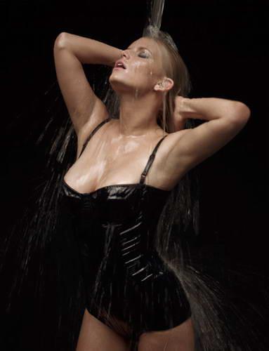 Cексуальная фотосессия Джессики Симпсон для Esquire