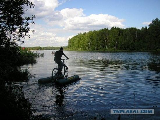 Водный девайс на лето, катамаран или велосипед?