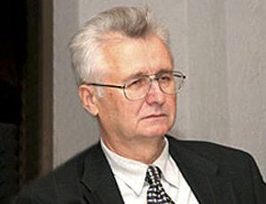 Станислав БОГДАНКЕВИЧ: «Повысить зарплату бюджетникам правительство может хоть завтра»