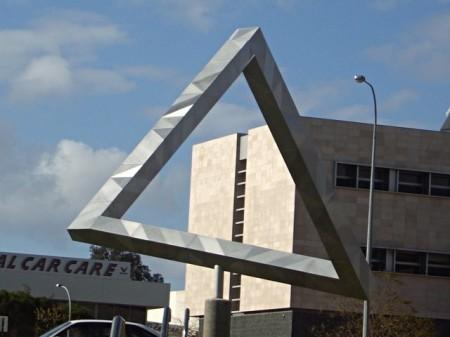Невозможный треугольник - возможен!