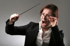 Как реагируют на конфликты школьные учителя?