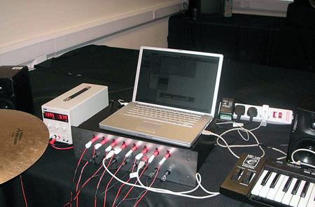 Ударная установка под управлением компьютера