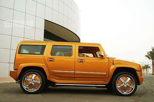 Внедорожник Hummer, рестайлингованый под Bentley