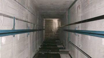 Техасские спасатели извлекли из лифта 26 девушек