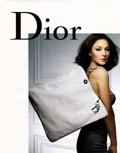 Моника Белуччи рекламирует сумки Dior