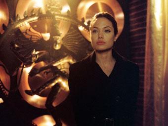 Новый шпионский триллер с Джоли станет первой частью киносериала