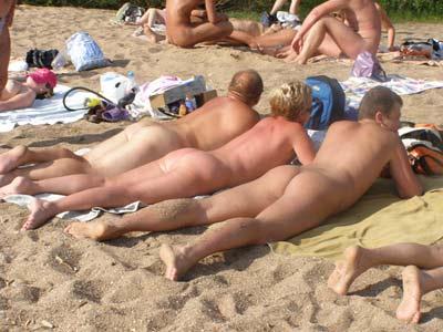 Фото голых девушек на пляже в беларуссии фото 242-887