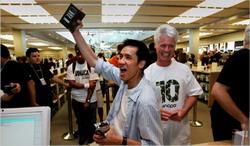 Торговец iPhone'ами надул клиентов на ?700 тыс.