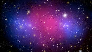 """Столкновение скоплений галактик помогло """"увидеть"""" """"темную материю"""""""