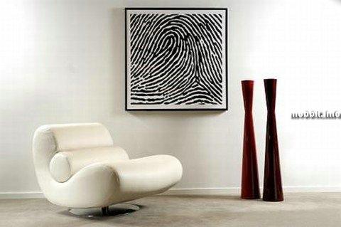 Картины с отпечатками пальцев - единственные в своем роде