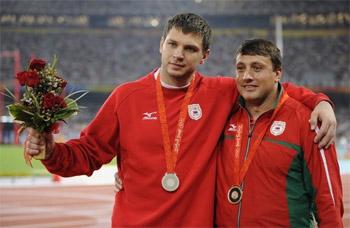 ИААФ: Тихон и Девятовский принимали допинг