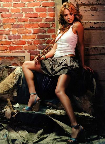Джессика Альба (Jessica Alba) в чешском Esquire
