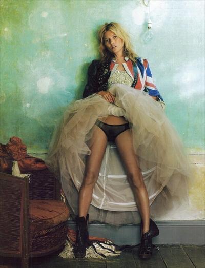 Кейт Мосс (Kate Moss) в октябрьском номере Vogue UK