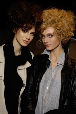 Графичные стрижки или пышные прически? Модные причёски осени