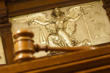 10 самых нелепых исков в истории юриспруденции
