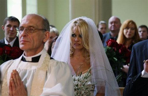 Памела Андерсон вышла замуж в Москве(фото)