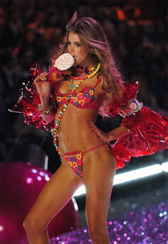 ����� ����� Victoria�s Secret