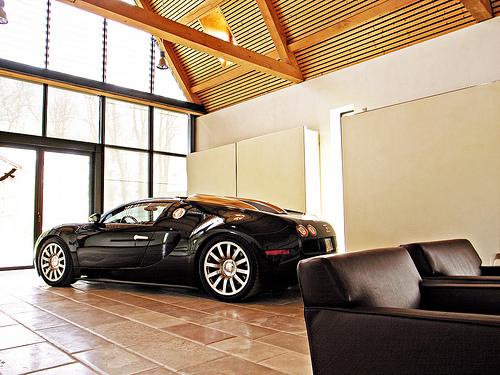Завод Bugatti Veyron: где делают самую быструю и дорогую машину в мире.