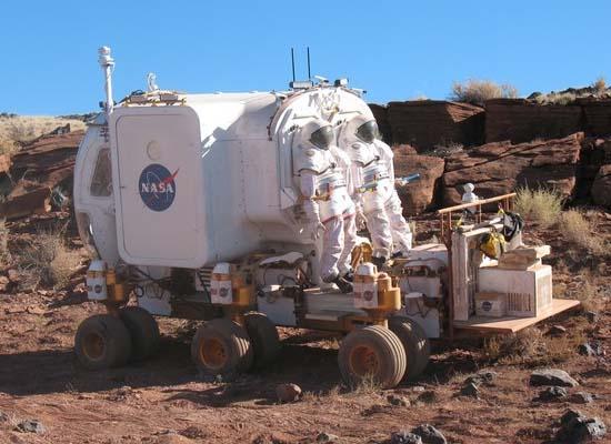 12-колесный лунный автобус для NASA