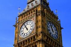 Что отмечают 11-го числа 11-го месяца ровно в 11 часов дня в Великобритании?