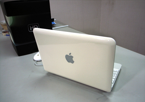 � ���� ��������� ���� MacBook Nano!