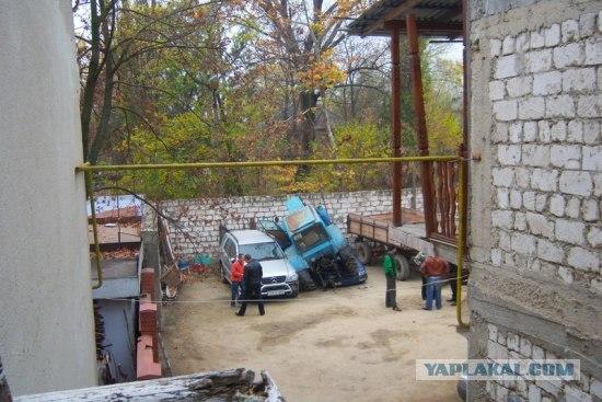 Особенности парковки молдавских трактористов