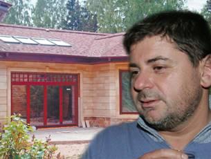 Александра Цекало связали и ограбили на его даче